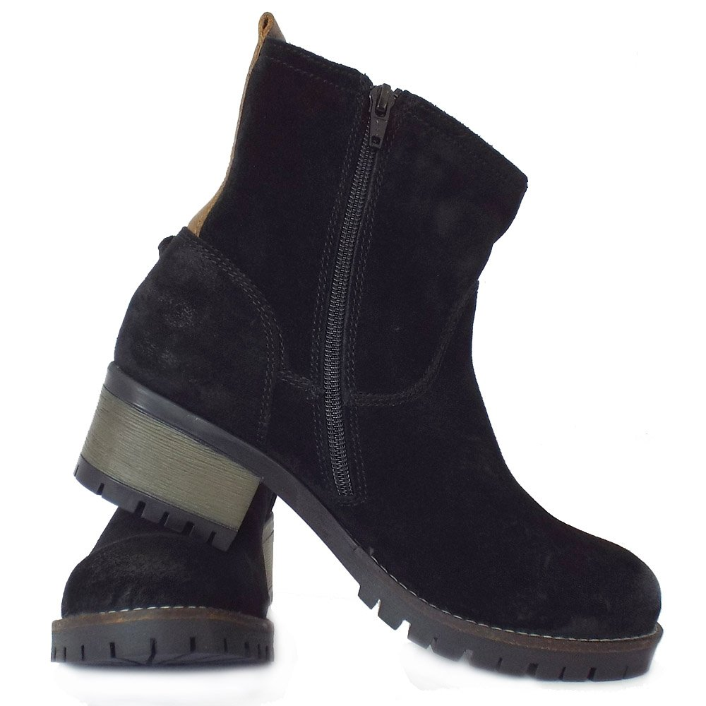 Model Home  Womens  Lorie Women39s Short Boots In Black Leather