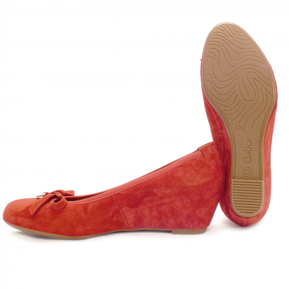 A square toe flat with a slight hidden wedge to give you just the lift you need. Cali is handcrafted in Italy by the finest Italian shoemakers. The leathers and materials used to make this shoe are all hand curated by Italian artisans for impeccable fit and quality. Color: Red Suede.