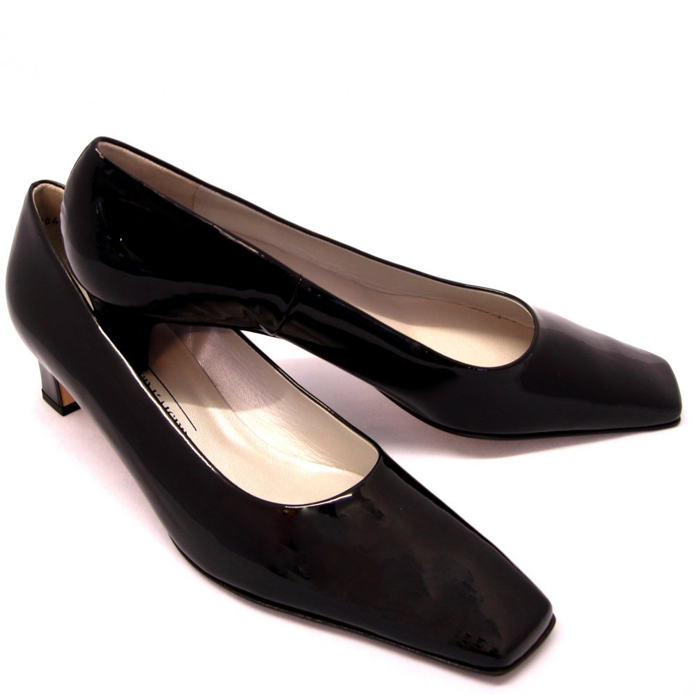 Black Low Heel Shoes