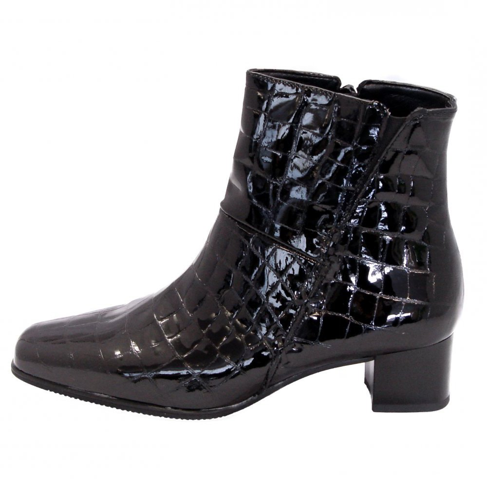 gabor boots bassanio wide fit ankle boot in black