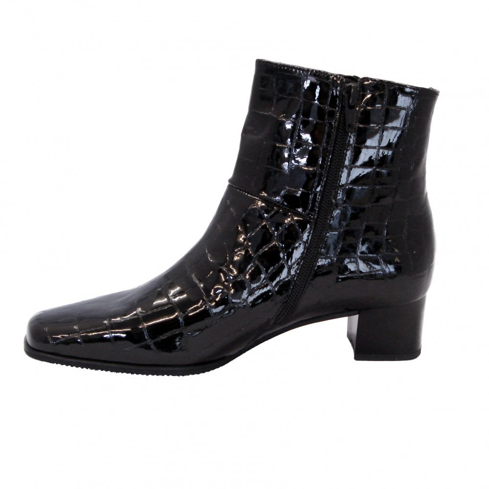 Shop the new range of women's boots at ASOS. Choose your favourite ladies boots in leather and suede, heeled or flat boots style available today at ASOS. Glamorous black pointed ankle boots with cone heel. £ Public Desire Empire black patent block heeled ankle boots. £ Boohoo Chunky Heel Chelsea Boot.