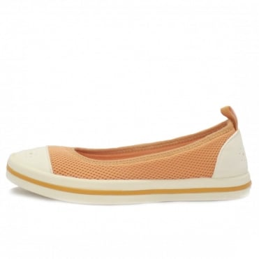 Milly Sporty Pumps in Shrimp