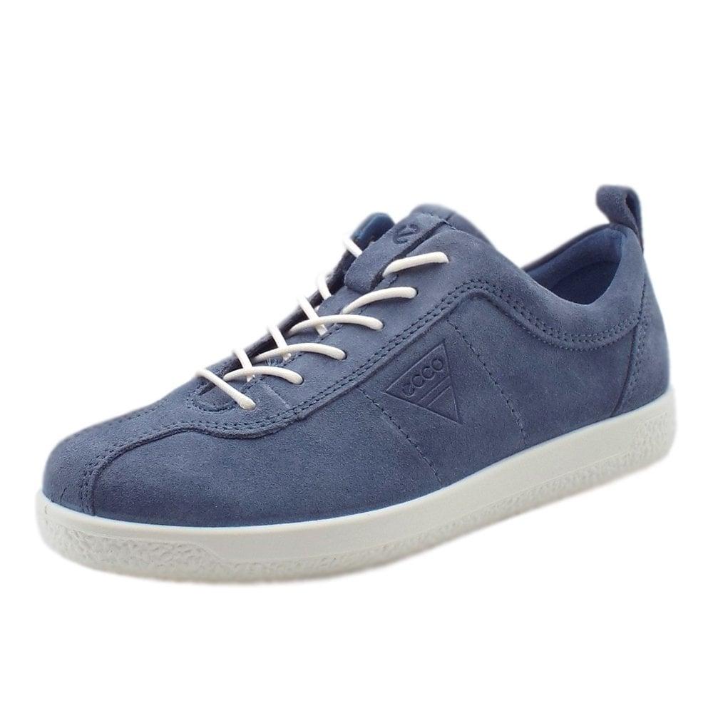 Retro Suede Sneakers in Blue