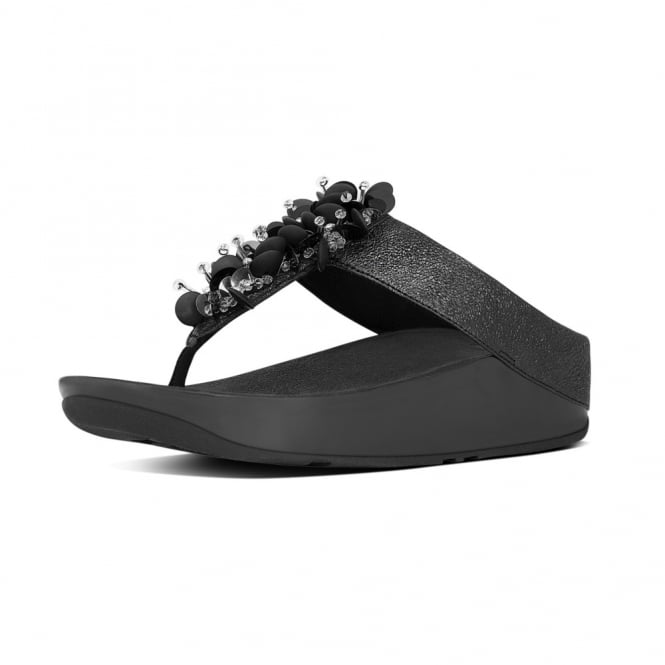 FitFlop Boogaloo™ Toe-Post Sandals in Black