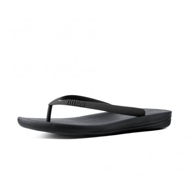 FitFlop Iqushion™ Ergonomic Flip Flops in Charcoal