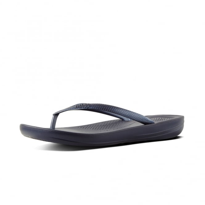 FitFlop Iqushion™ Super-Ergonomic Flip Flops in Midnight