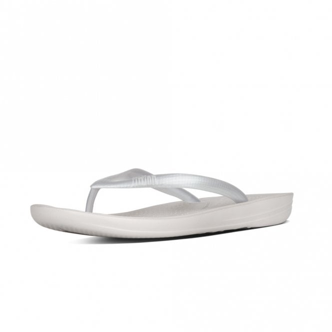 FitFlop Iqushion™ Super-Ergonomic Flip Flops in Silver