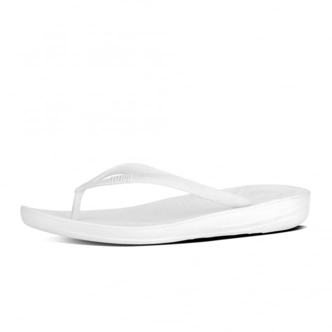 FitFlop Iqushion™ Super-Ergonomic Flip Flops in Urban White