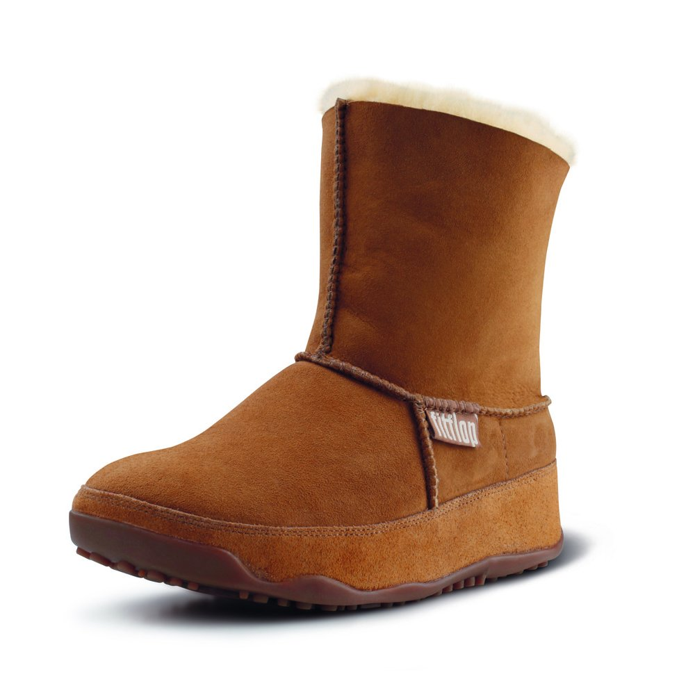fitflops mukluk suede fitflop boots in chestnut mozimo