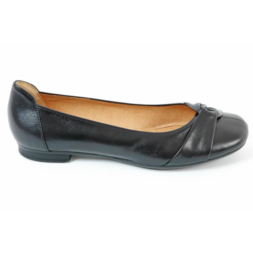 gabor shoes frost leather pump shoe in black mozimo. Black Bedroom Furniture Sets. Home Design Ideas