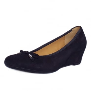 Alvin Smart Casual Low Wedge Pumps in Navy Suede
