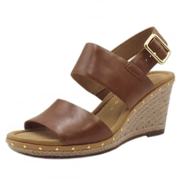 Anna 2 Fashion Wedge Sandals with Gold Stud in Peanut
