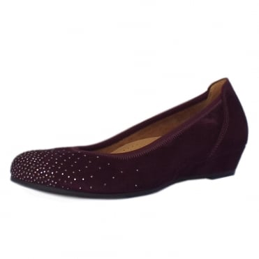 Arya Modern Wide Fit Low Wedge Pumps in Merlot Suede