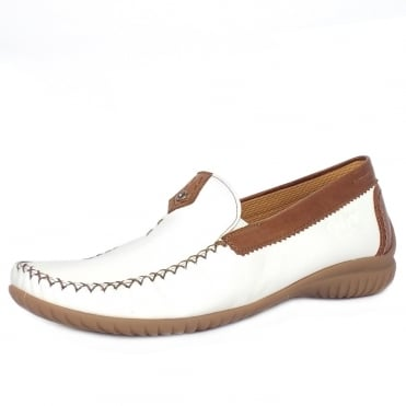 Gabor California Womens Wide Fit Loafer In White and Tan