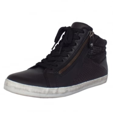 Celebrity Modern Sporty Short Winter Boots in Black