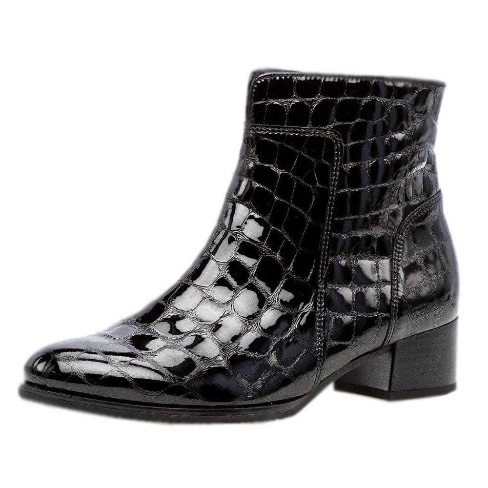 Gabor Delphino   Modern Short Boots in
