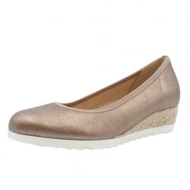 Epworth Wide Fit Metallic Low Wedge Pumps in Rame