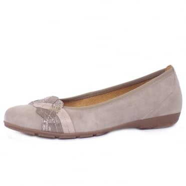 Hurst Women's Casual Sporty Pumps in Taupe Suede
