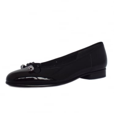 Lisa Ballet Pump in Black Patent