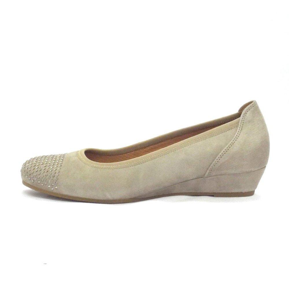 Beige shoes foto 32