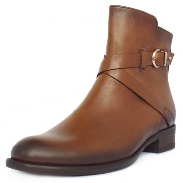 Nightingale Women's Biker Style Ankle Boots in Tan