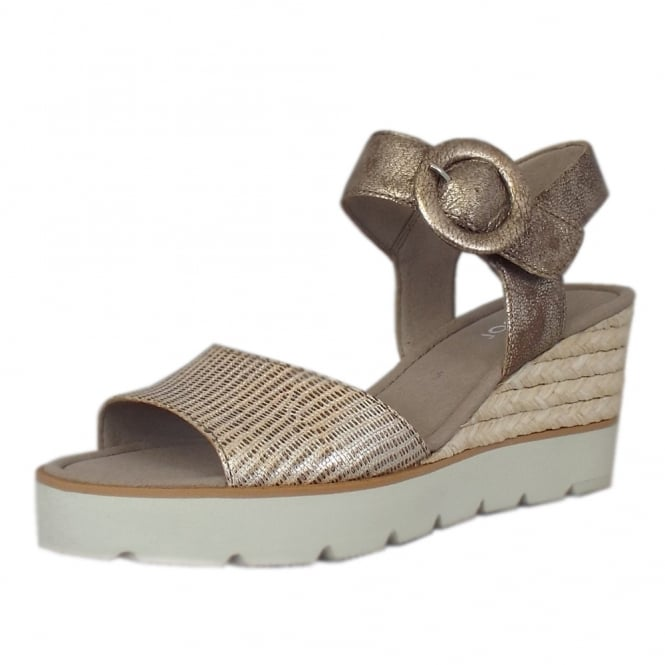 Gabor Obession Modern Wedge Sandals in Rose