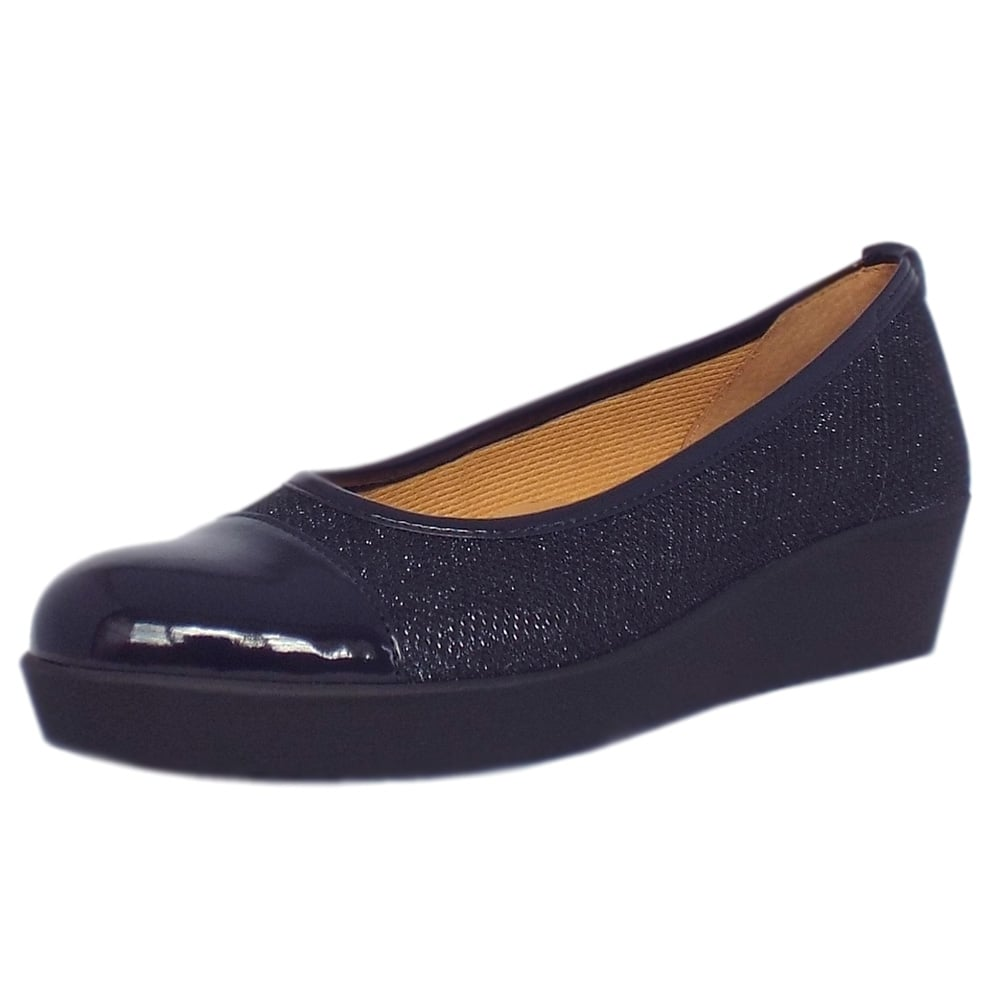 gabor shoes orient wide fit wedge pump shoe in night blue mozimo. Black Bedroom Furniture Sets. Home Design Ideas