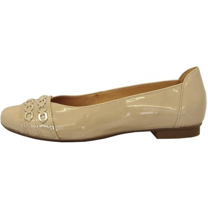gabor shoes phyllis ladies ballet pump in beige patent mozimo. Black Bedroom Furniture Sets. Home Design Ideas