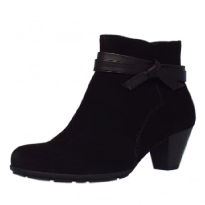 Gabor Tiffey Fashion Ankle Boots in Black