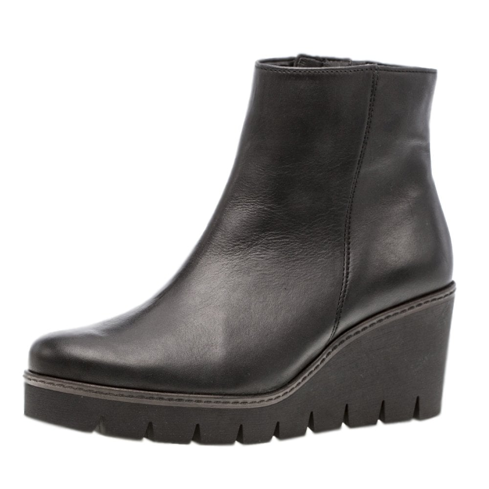 395e85ecd2a Utopia Modern Mid Wedge Ankle Boots in Black