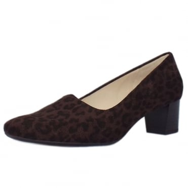 Geneve Classic Low Heel Court Shoes in Nuba Leon