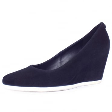 5-10 5402 3000 Beeston Sporty High Wedge Pumps in Navy Suede