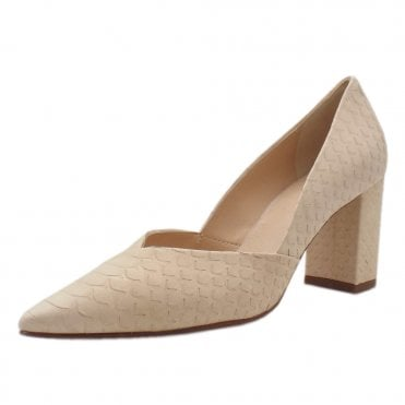 5-10 7507 Tiverton Pointed Toe Court Shoes in Natural