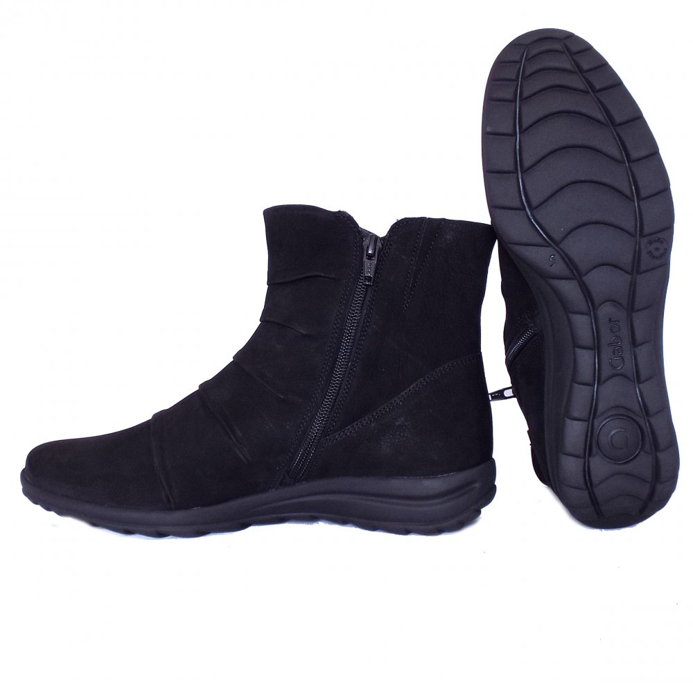 gabor irma comforable ankle boots in black mozimo