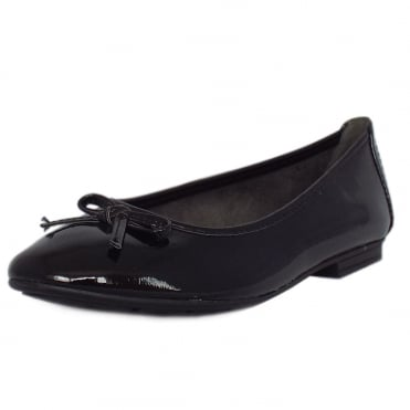 Assistance Casual Wide Fit Ballet Pumps in Black Patent