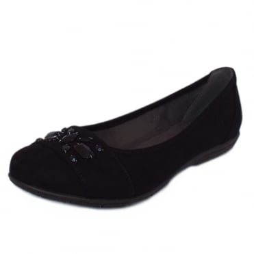 Inchcape Women's Casual Wide Fit Pumps in Black