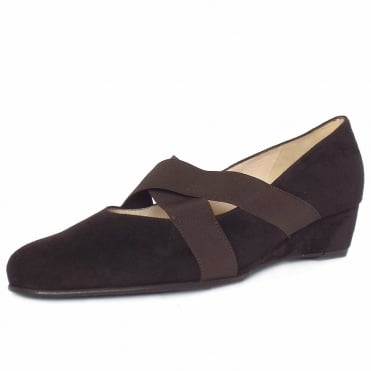 Jeska Low Wedge Ballet Pumps in Brown Suede