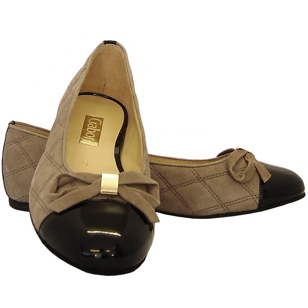 Jill Womens Ballet Pumps In Taupe Suede