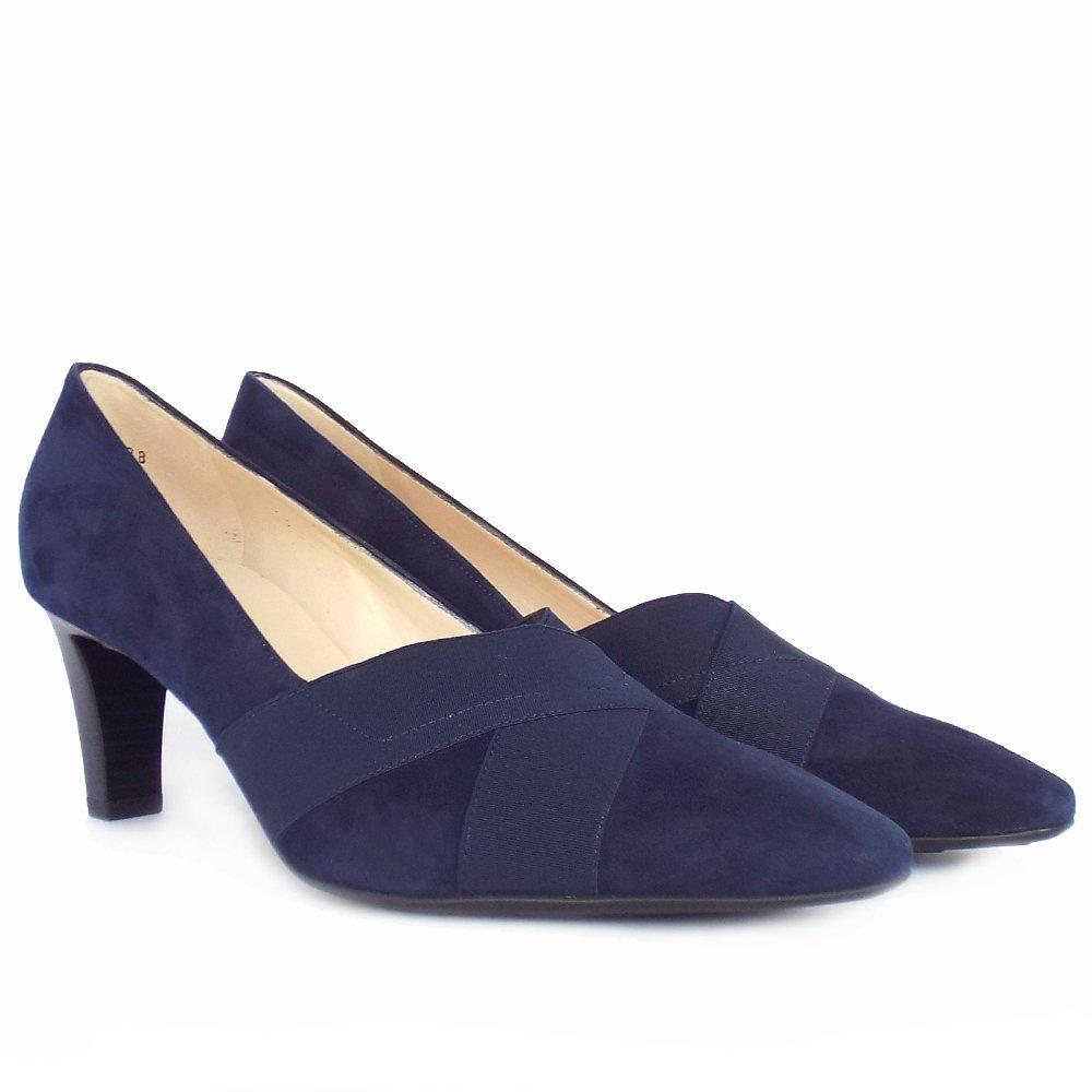 Elasticated Court Shoe