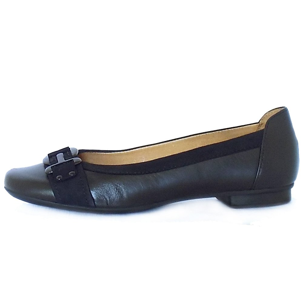 Discover Dune London's latest collection of ladies ballet pumps - the classic silhouette to compliment any look. Whatever your style, pumps are an essential wardrobe addition. Get style and comfort with this classic shoes. From simple bow trim ballerinas to scallop edge flats with pointed toes and.