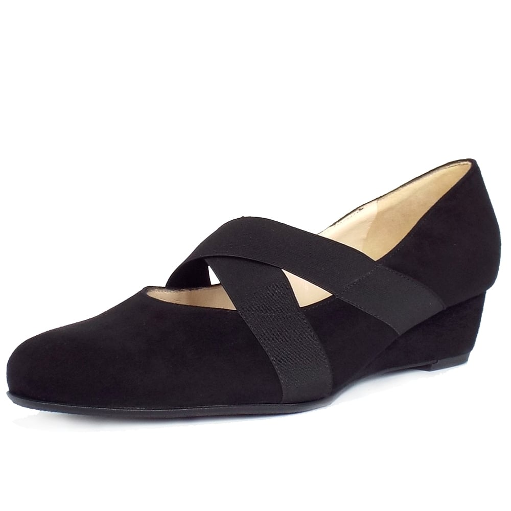peter kaiser jeska women 39 s low wedge black suede pumps mozimo. Black Bedroom Furniture Sets. Home Design Ideas