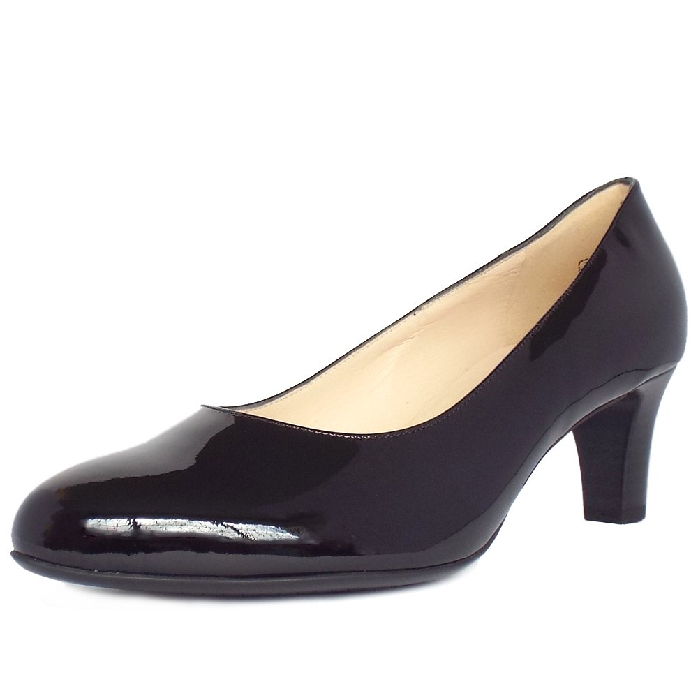 kaiser classic court shoes in black patent