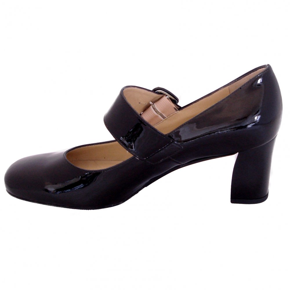 peter kaiser pepito 60643 527 mary jane shoes in black patent medium heel mozimo. Black Bedroom Furniture Sets. Home Design Ideas