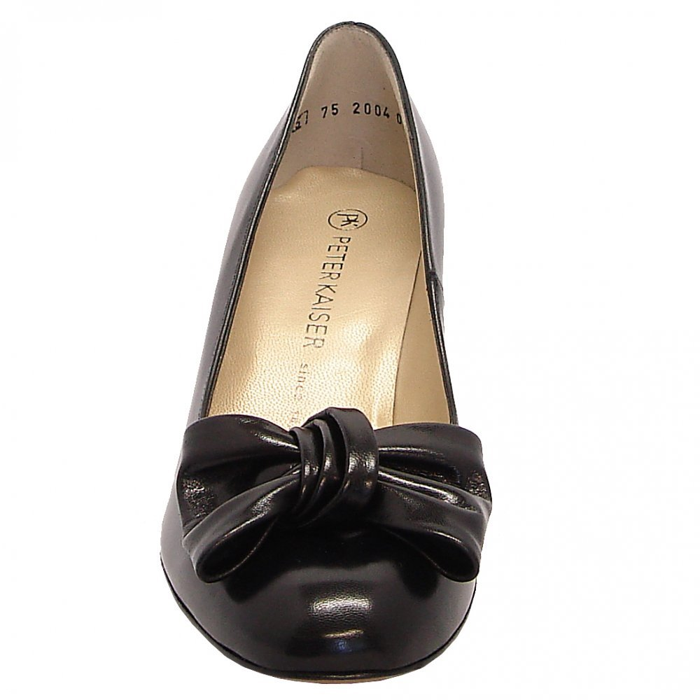 kaiser phillis mid heel bow trim court shoes in