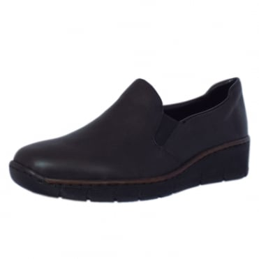 Canvey Classic Leather Loafer in Black