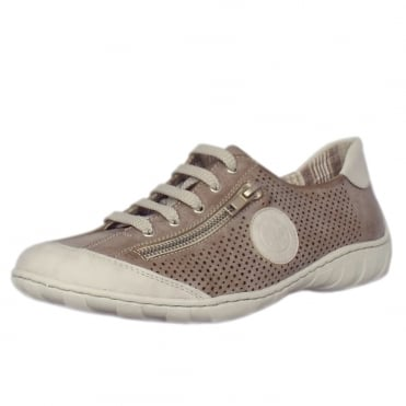 Finland Smart Casual Lace-Up Trainers In Ice