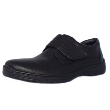 Gatlin Mens Smart-Casual Shoe in Black Leather