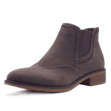 Winnette Fleece Lined Chelsea Boots in Taupe