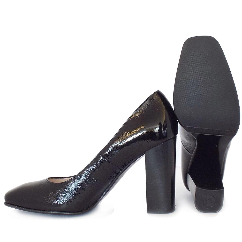 kaiser high block heel court shoes in black