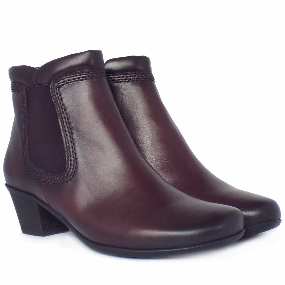 sound winter ankle boots in wine leather